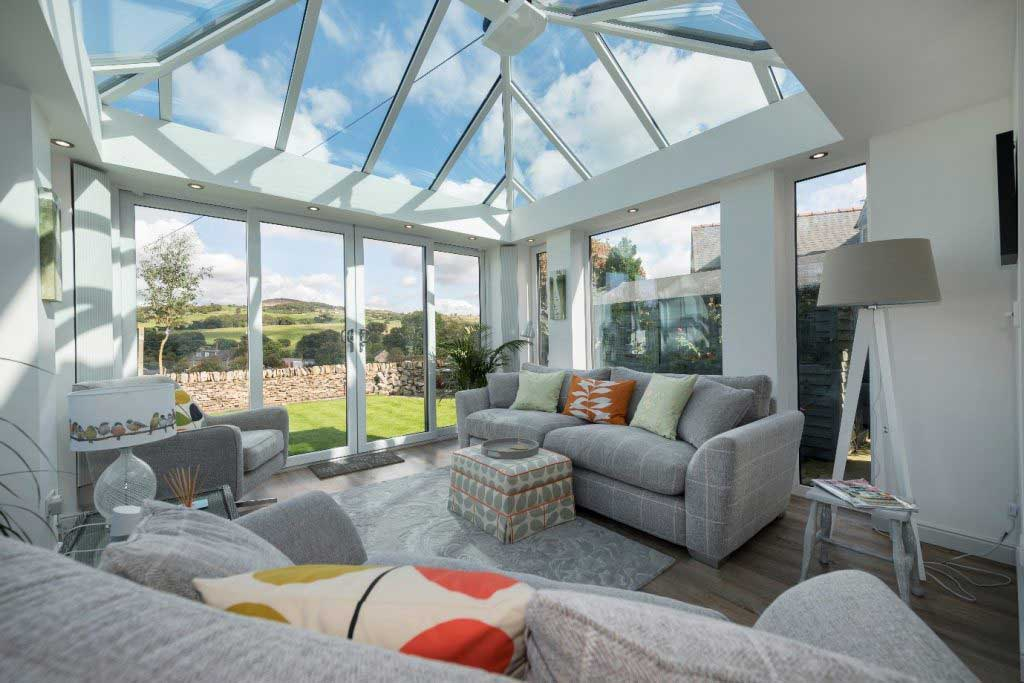 What Furniture Looks Good in a Conservatory?